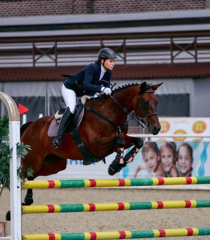 Сборная области по конному спорту Маховых Анастасия
